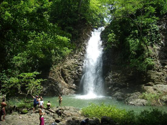 waterfall-at-montezuma